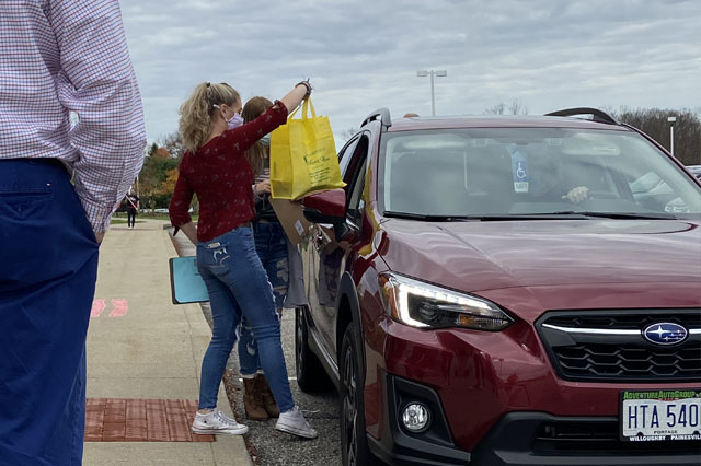 Melissa Foster's service learning class hosted a drive through lunch and gift bags for local veterans.